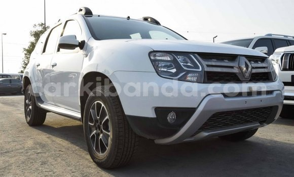 Medium with watermark renault duster uganda import dubai 7958