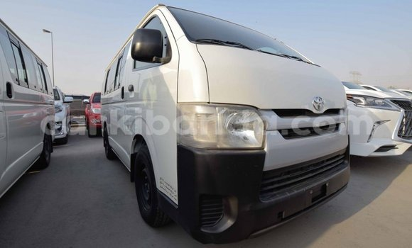 Medium with watermark toyota hiace uganda import dubai 7959