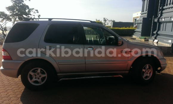 Buy Used Mercedes Benz 190-Series Silver Car in Arua in Uganda