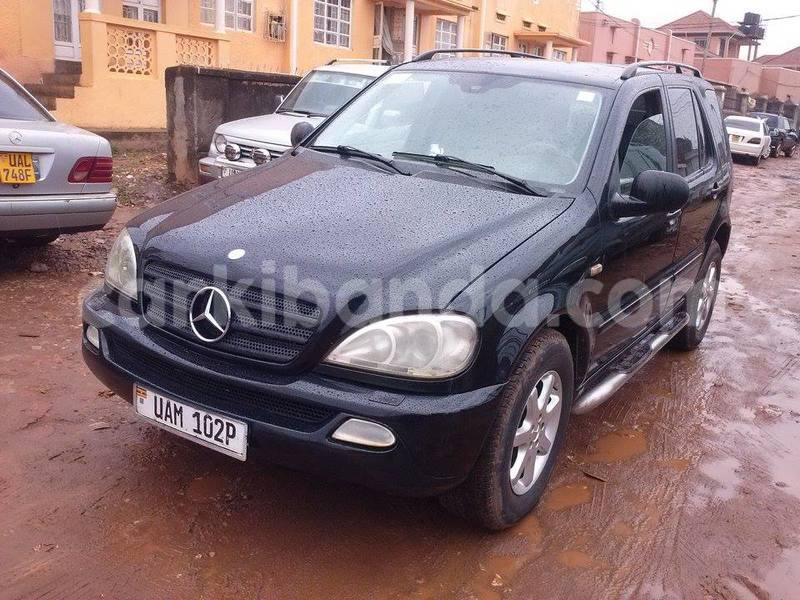 Big with watermark 67cf909a0bbe benz4