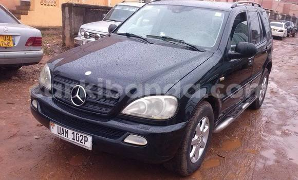 Buy New Mercedes Benz ML–Class Black Car in Arua in Uganda