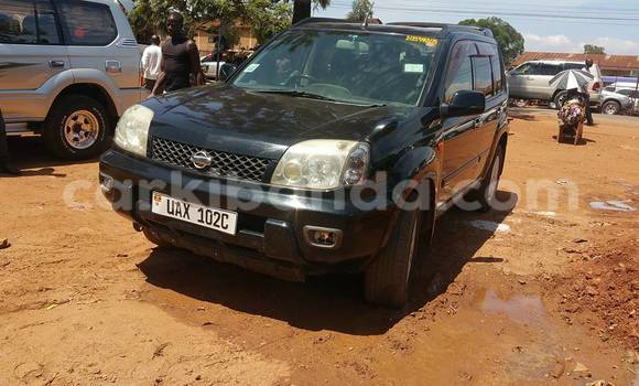 Buy Used Nissan X–Trail Black Car in Kampala in Uganda