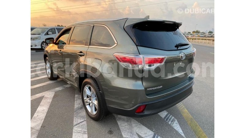 Big with watermark toyota highlander uganda import dubai 8399