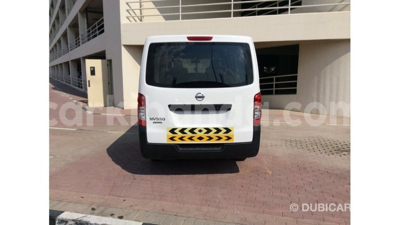 Big with watermark nissan evalia uganda import dubai 8462