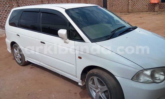 Buy Used Honda Odyssey White Car in Kampala in Uganda