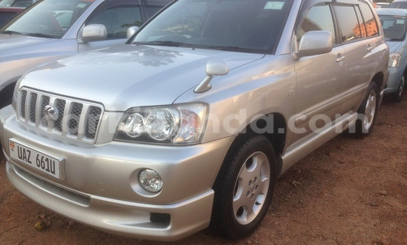 Buy New Toyota Kluger Silver Car in Arua in Uganda