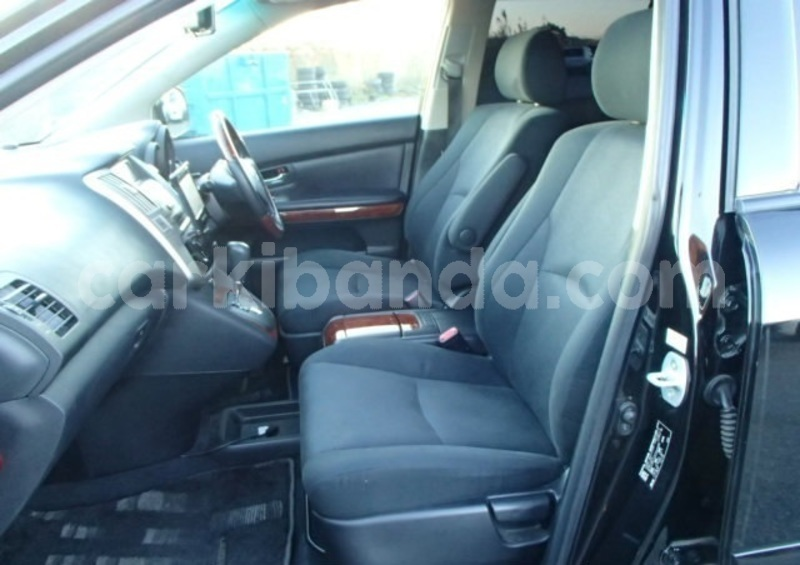 Big with watermark toyota harrier uganda kampala 8651