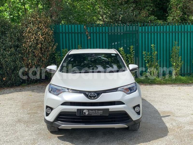Big with watermark toyota rav4 uganda kampala 8677