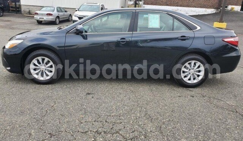 Big with watermark toyota camry uganda kampala 8783