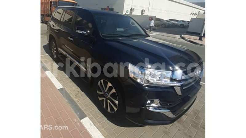 Big with watermark toyota land cruiser uganda import dubai 8807