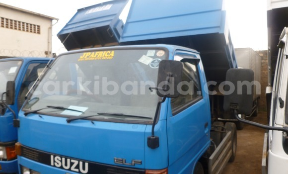 Buy Used Isuzu D-MAX Blue Car in Arua in Uganda