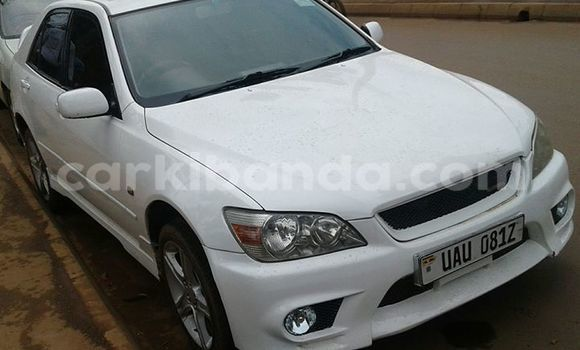 Buy Used Toyota Altezza White Car in Kampala in Uganda