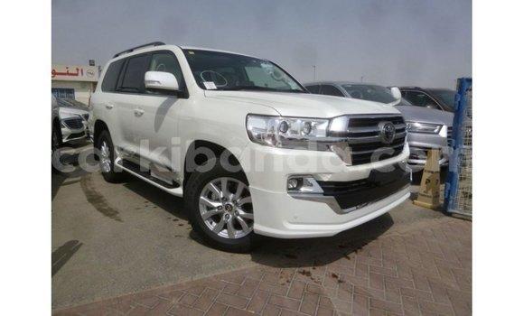 Medium with watermark toyota land cruiser uganda import dubai 9050