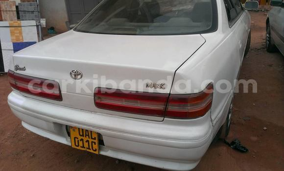 Buy Used Toyota Mark II White Car in Kampala in Uganda