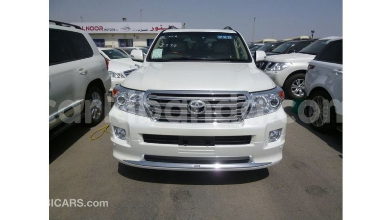 Big with watermark toyota land cruiser uganda import dubai 9183