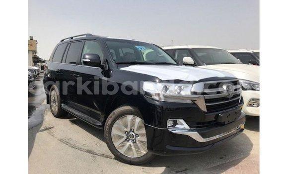 Medium with watermark toyota land cruiser uganda import dubai 9357