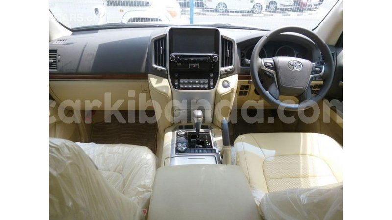 Big with watermark toyota land cruiser uganda import dubai 9452