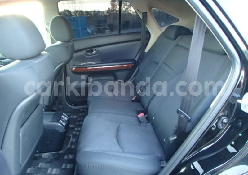 Big with watermark toyota harrier uganda kampala 9544