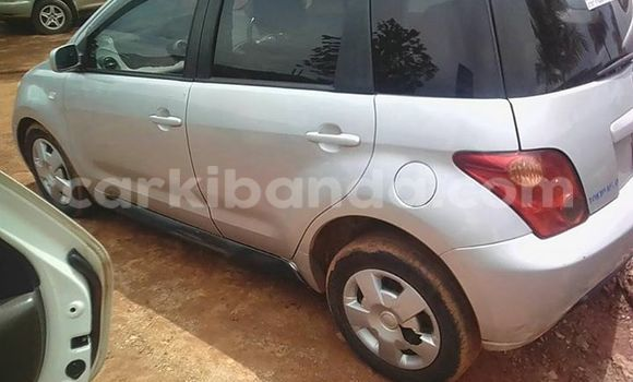 Buy Used Toyota IST Silver Car in Kampala in Uganda