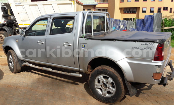 Buy Used Tata Xenon Silver Car in Arua in Uganda