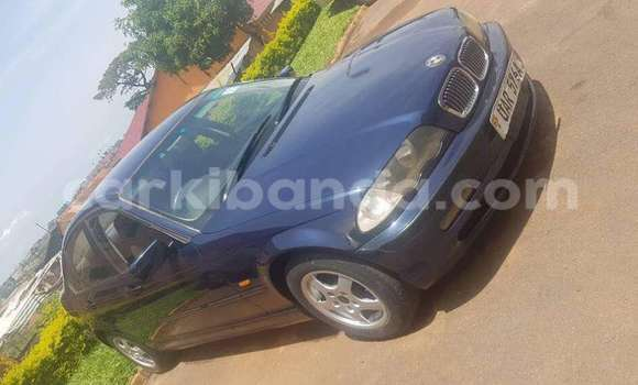 Buy Used BMW 3-Series Blue Car in Arua in Uganda
