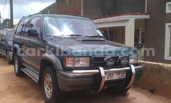 Buy Used Isuzu D–MAX Black Car in Arua in Uganda