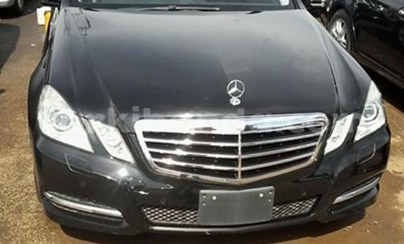 Buy Used Mercedes Benz E-Class Black Car in Kampala in Uganda