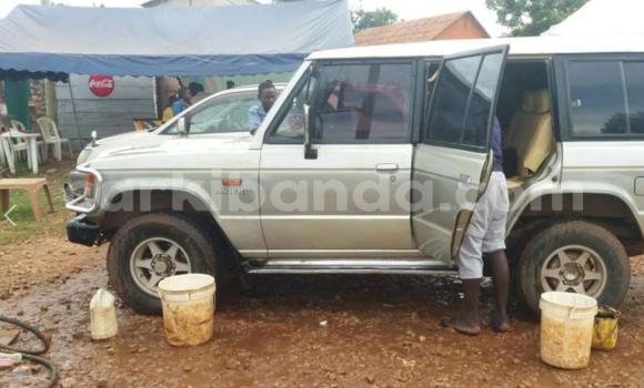 Acheter Occasion Voiture Mitsubishi Pajero Noir à Arua au Uganda