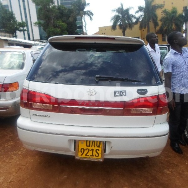 Buy Used Toyota Vista White Car In Arua In Uganda Carkibanda