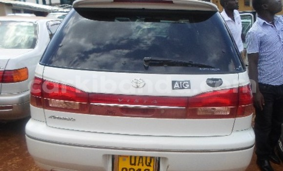 Buy Used Toyota Vista White Car in Arua in Uganda