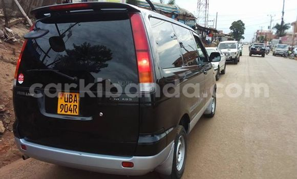 Buy Used Toyota Noah Black Car in Busia in Uganda