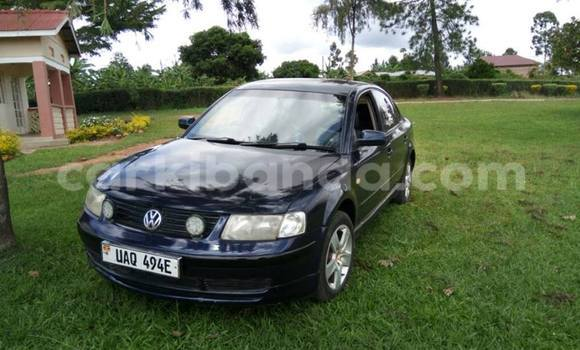 Buy Used Volkswagen Passat Blue Car in Busia in Uganda