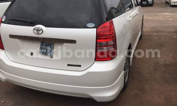 Buy Used Toyota Wish White Car in Busia in Uganda