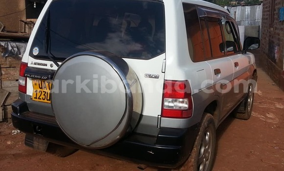 Buy Used Mitsubishi Pajero White Car in Busia in Uganda