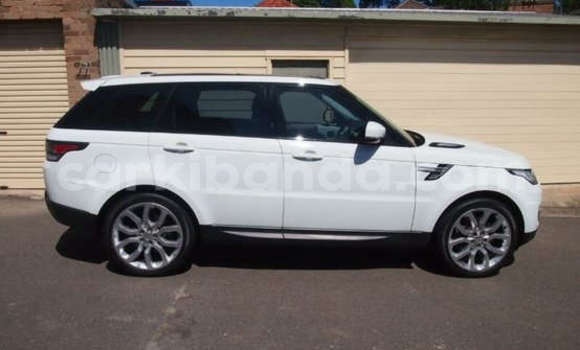 Buy Used Land Rover Range Rover White Car in Busia in Uganda