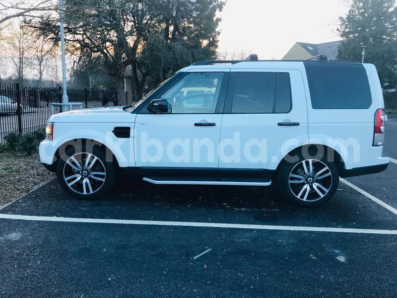 Big with watermark land rover discovery uganda busia 10016