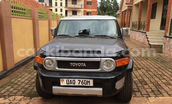 Buy Used Toyota FJ Cruiser Black Car in Busia in Uganda