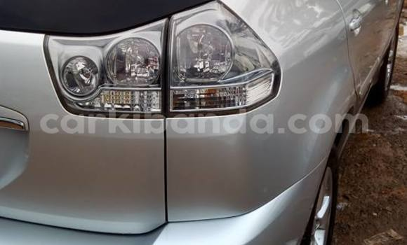 Buy Used Toyota Harrier Silver Car in Busia in Uganda
