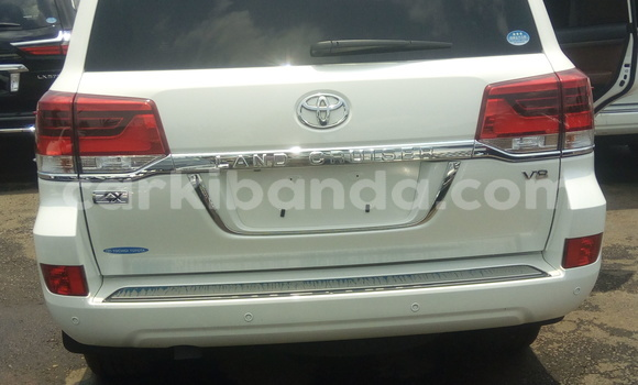 Buy New Toyota 4Runner White Car in Kampala in Uganda