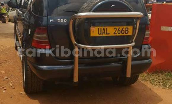 Buy Used Mercedes Benz ML-Class Blue Car in Kampala in Uganda