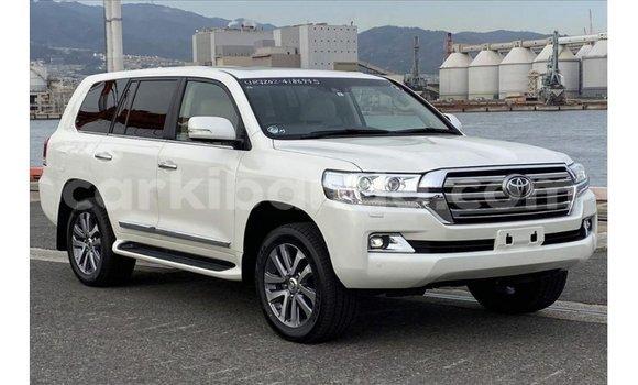 Medium with watermark toyota land cruiser uganda import dubai 10064
