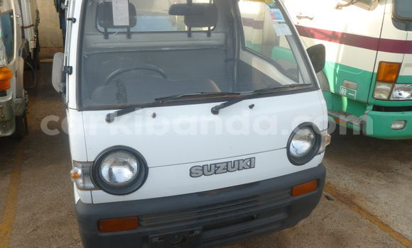 Buy Used Suzuki Jimny White Car in Arua in Uganda