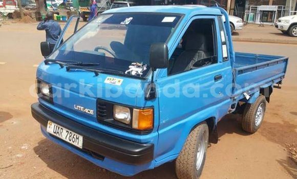 Buy Used Toyota Town Ace Blue Car in Kampala in Uganda