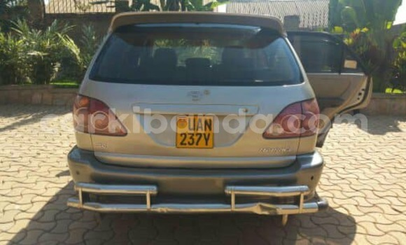 Buy Used Toyota Harrier Other Car in Busia in Uganda