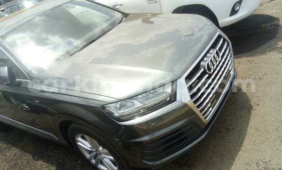 Buy Used Audi Q7 Green Car in Kampala in Uganda