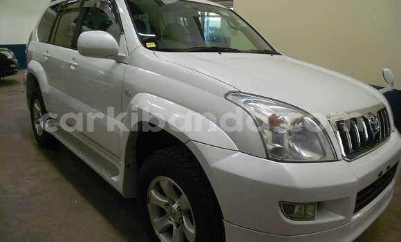 Buy Used Toyota 4Runner White Car in Kampala in Uganda
