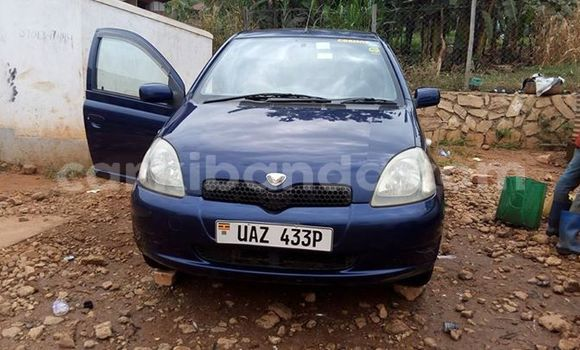 Buy Used Toyota Vitz Blue Car in Kampala in Uganda