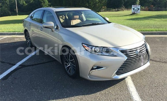 Buy Used Lexus ES 300 Other Car in Kampala in Uganda