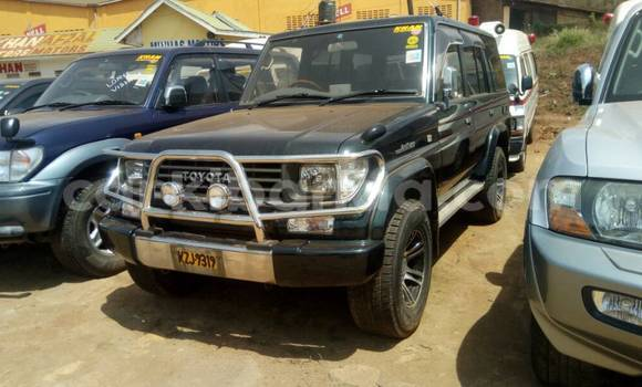 Buy Used Toyota Land Cruiser Prado Black Car in Kampala in Uganda