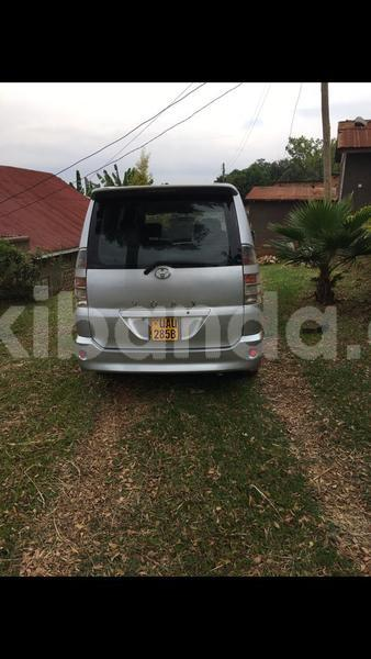 Big with watermark toyota voxy uganda kampala 10344